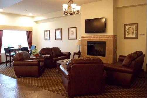 Brookside Inn & Suites - White City - Lobby