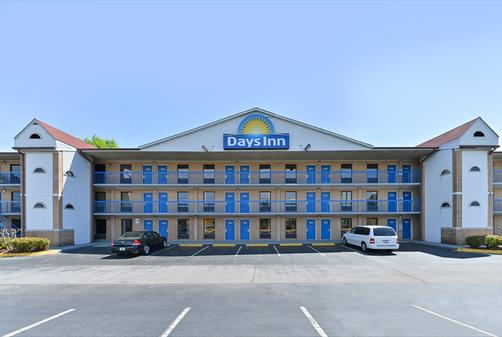 Days Inn Charlotte Northlake - Charlotte - Edificio